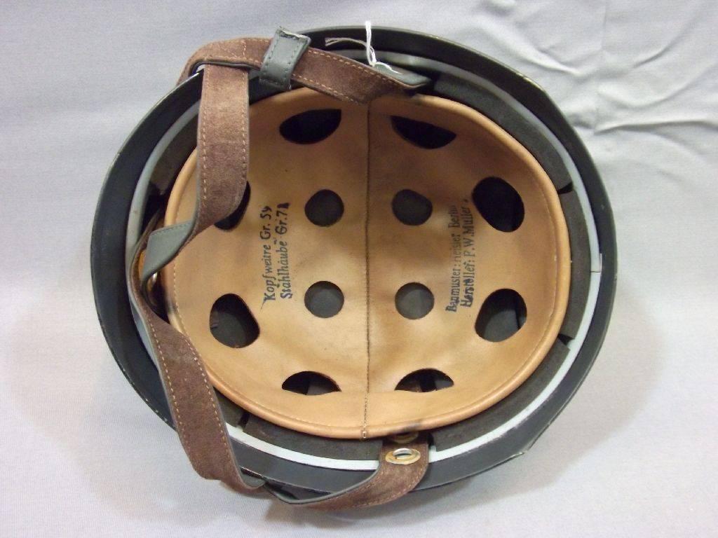 FJ-Helm, Fallschirmjägerhelm, Helm für Fallschirmschützen, Innenausstattung