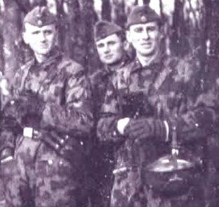 Waffen-SS Fallschirmjäger, Knochensack, Splittertarn B, FJ-Helm