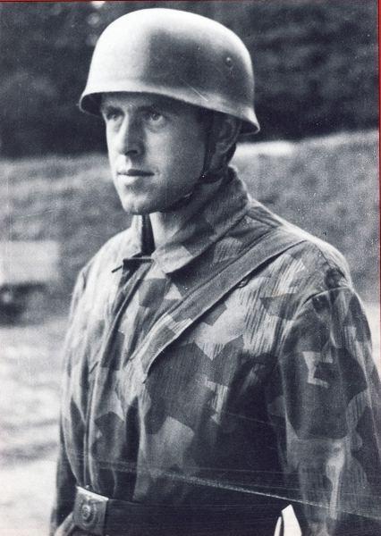 Waffen-SS Fallschirmjäger, Knochensack, Fallschirmjägerhelm, Splittertarn B