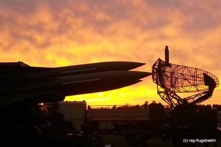 MIM-23 HAWK Im Sonnenuntergang Vossenack
