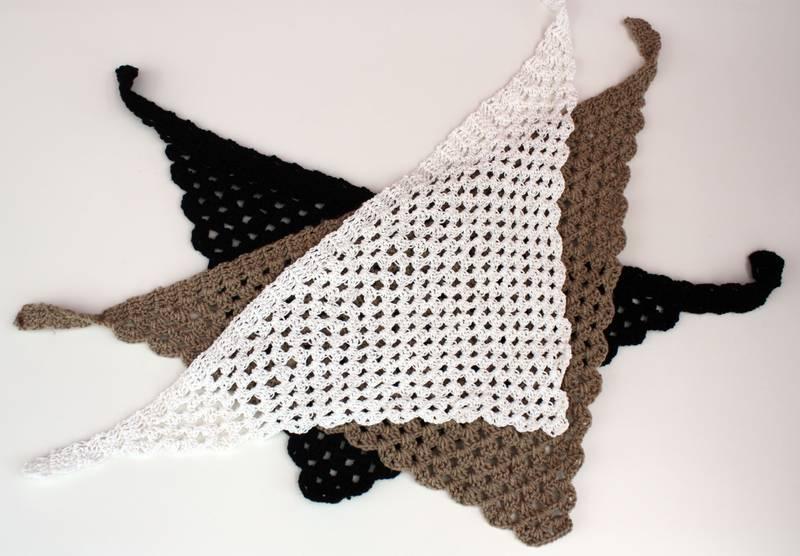 Dreiecktuch selber häkeln in Lochmuster - Dreieckstuch von Tina