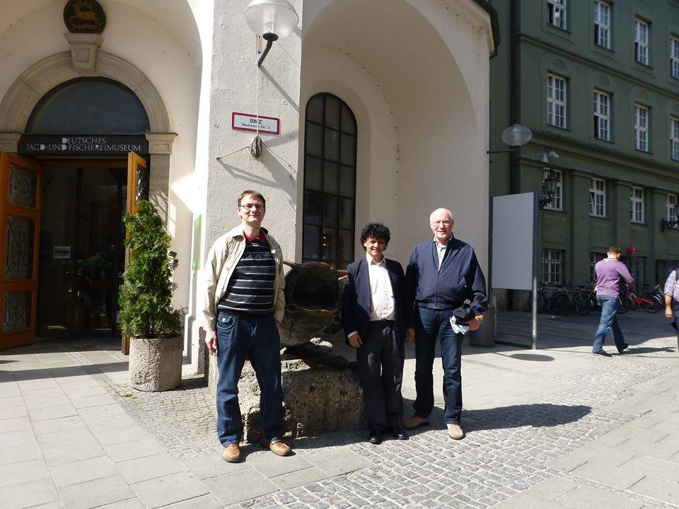 Li activistes de Interlingue in München de levul. Thomas Schmidt, Donald Gasper e Erich Werner