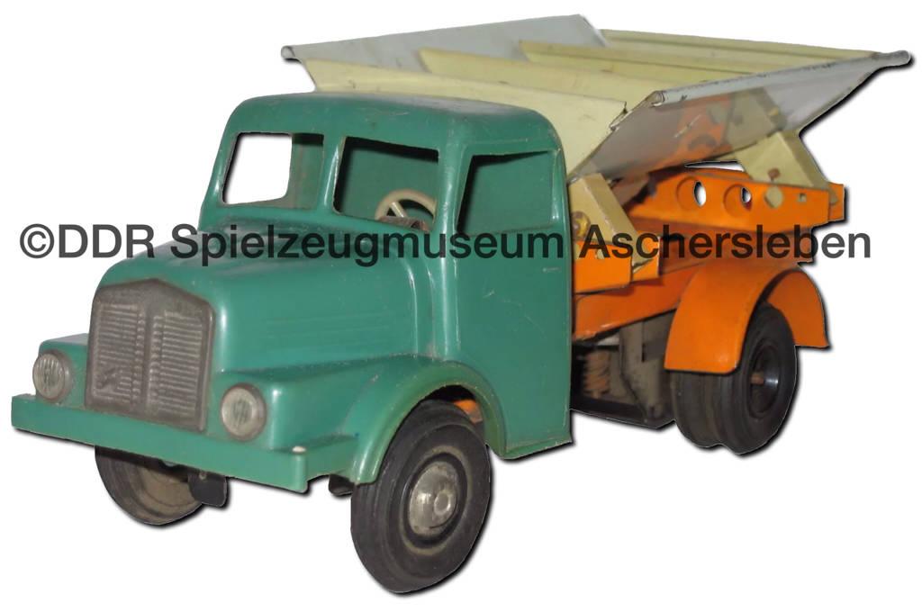 MSB (Mechanische Spielwaren Brandenburg) S4000