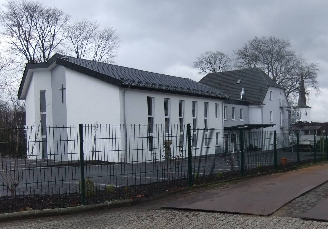 unterschied katholisch evangelisch kirchenbau