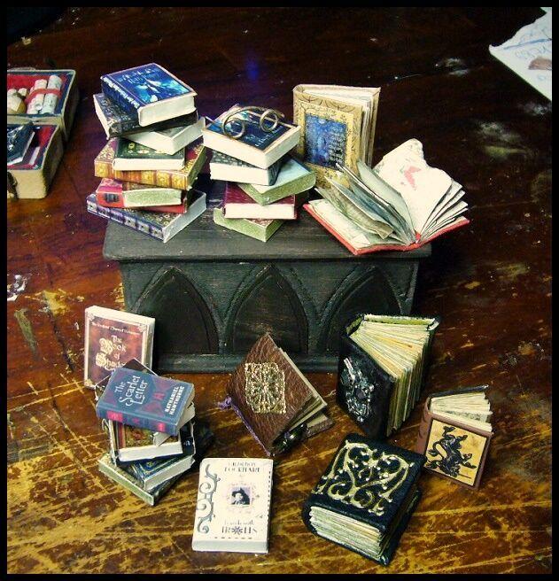 Bücher in Miniatur