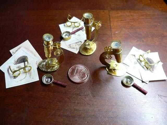 Mikroskop für die Puppenstube