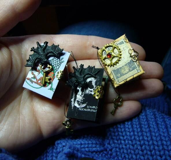 Bücher Miniaturen