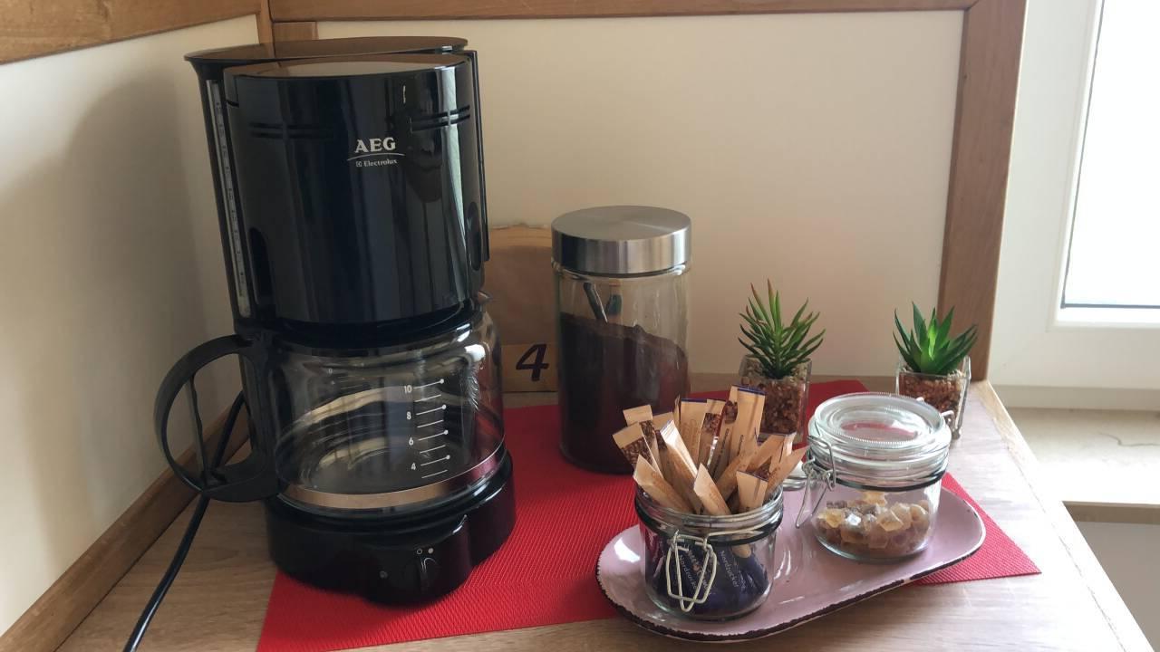 Für den frischen Kaffee am Morgen ist in der ersten Instanz gesorgt