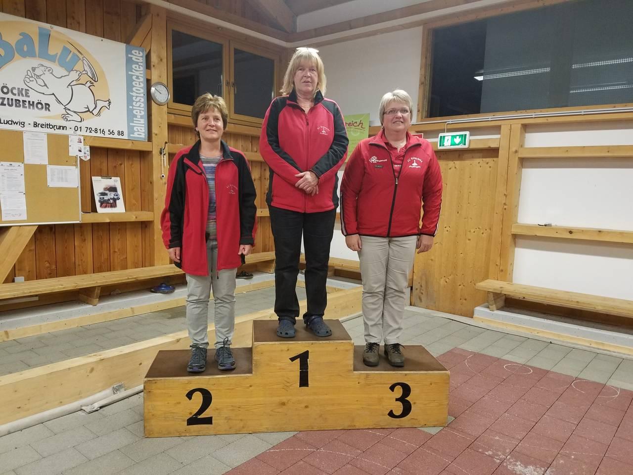 v.l. 2. Evi Stumpfegger (219) - 1. Maria Sappel (222) - 3. Gerti Hogger (215)