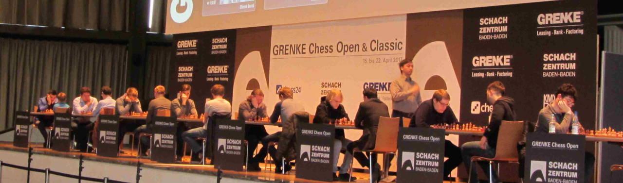 Auf der Bühne: Richard Bethke (GER) - GM Igor Kovalenko (LAT)