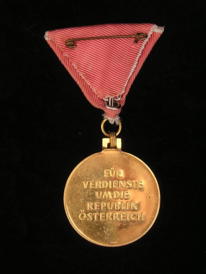 Osterreich lebensrettung medaille orden