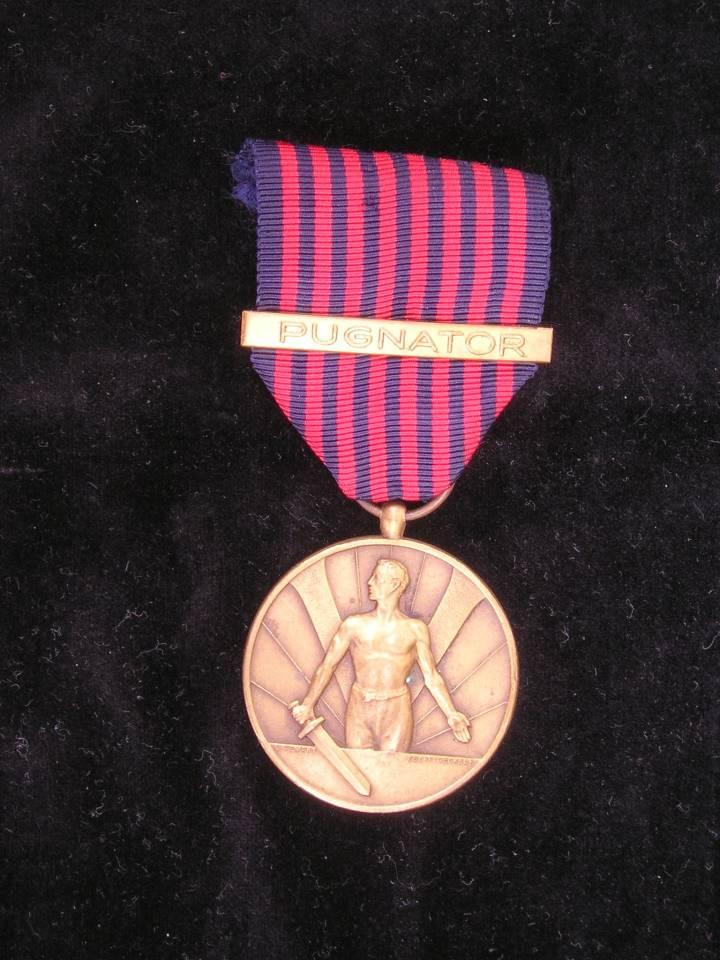 Korean war medal PUGNATOR bar Luxembourg