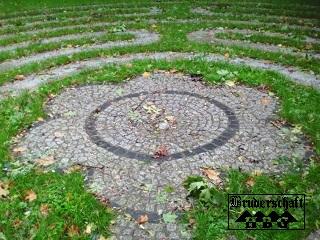 Labyrinth in Berlin-Herzberge; Foto der Bruderschaft Herzberg