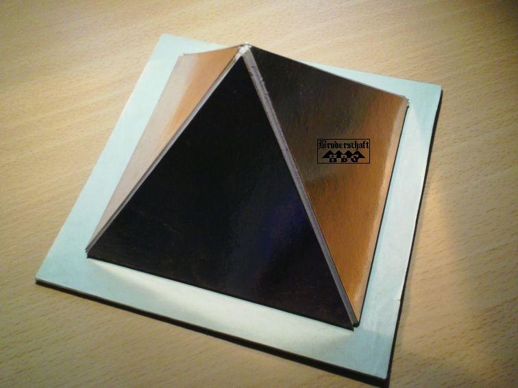 Experimental-Pyramide im Maßstab von der Bruderschaft Herzberg
