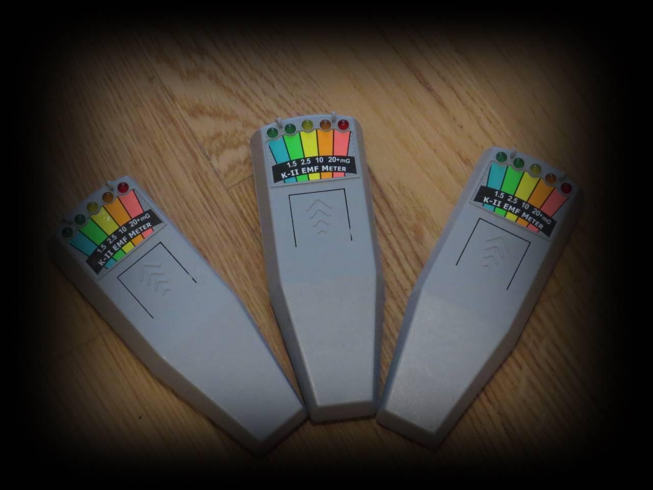 K2 EMF Ghostdetektoenr die  Frequenzen von 30 bis 20.000 Hz abdecken